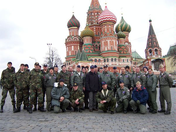 Members of a U.S. team conducting a flight under the Open Skies Treaty over Russia pose on Red Square in Moscow, 11 April 2006.