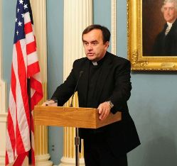 Date: 05/12/2011 Description: Special Envoy Hannah Rosenthal Honors the Work of Father Patrick Desbois. - State Dept Image