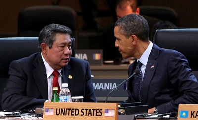 President Obama and Indonesian President Susilo Bambang Yudhoyono talk during the 2012 Seoul Nuclear Security Summit at COEX on March 27, 2012 in Seoul, South Korea.