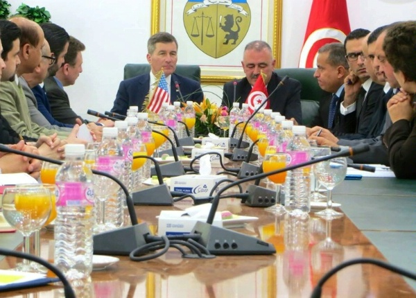 Assistant Secretary Rivkin leads a National US Arab Chamber of Commerce (NUSACC) business delegation in a meeting with Tunisian Minister of Industry, Energy and Mining Zakaria Hamad in Tunis, Tunisia.