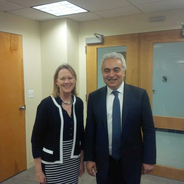 ENR PDAS Mary Warlick meets with IEA Chief Economist and incoming Executive Director Fatih Birol.