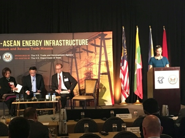 ENR Asia Director Sandra Oudkirk at US ASEAN Energy Infrastructure Symposium in Los Angeles December 11