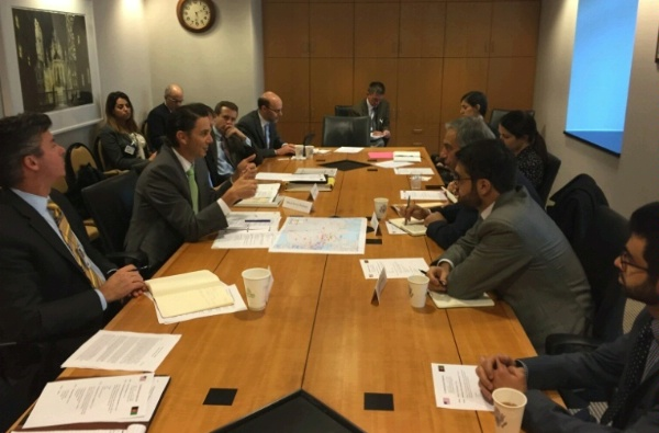 Special Envoy Hochstein and Afghanistan's Energy Advisor Dr. Mohammed Qayoumi discuss regional energy issues and ways to increase power production in the second meeting of the U.S.-Afghanistan Energy Working Group on January 11, 2016.