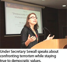Date: 01/13/2016 Location: New Delhi, India Description: Under Secretary Sewall speaks about confronting terrorism while staying true to democratic values. - State Dept Image
