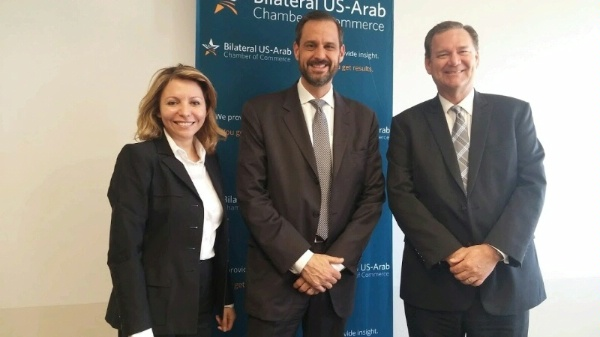 ENR/PAPD Director Rick Westerdale with leadership of the U.S.-Arab Chamber of Commerce for a dialogue on U.S. government efforts to counter ISIL oil revenues.