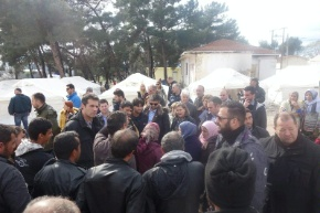 Assistant Secretary Nuland greets a group of migrants in northern Greece.