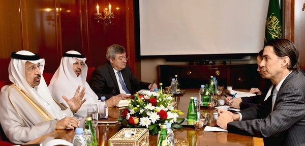 Special Envoy Amos Hochstein meets with Saudi Energy Minister Khalid Al Falih.