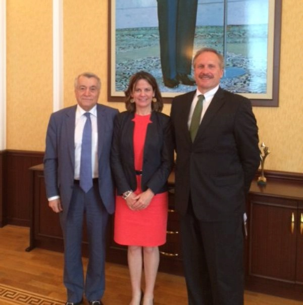 DAS Robin Dunnigan and U.S. Ambassador Robert Cekuta meet with Azerbaijani Energy Minister Natig Aliyev to discuss energy efficiency and energy infrastructure.