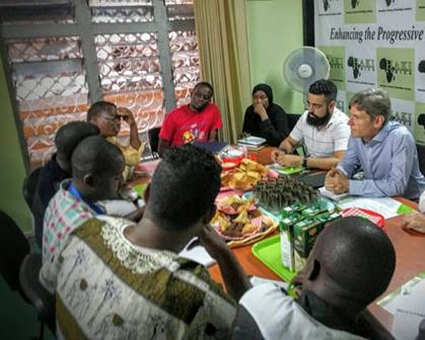 Assistant Secretary for Democracy, Human Rights, and Labor Tom Malinowski meets with representatives from civil society to discuss the importance of giving a voice to the country's youth population and countering radicalization among their peers. (February 2016)