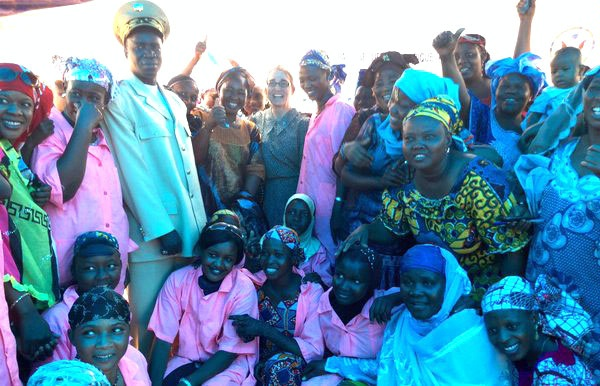 Under Secretary for Civilian Security, Democracy, and Human Rights Sarah Sewall visits the Association for the Promotion of Women and Children in Mopti, Mali, where she announced $29 million in new humanitarian assistance for Mali to support over 50,000 internally displaced persons and 140,000 refugees. (April 2016)