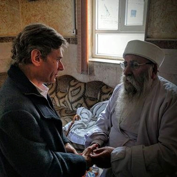 Assistant Secretary for Democracy, Human Rights, and Labor Tom Malinowski meets with Yezidi spiritual leader Baba Sheikh and thanks him for his leadership in accepting rescued Da'esh captives in Lalish, Iraq. (February 2016)