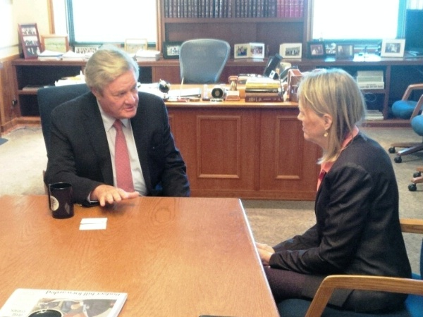 Principal Deputy Assistant Secretary Mary Warlick meets with North Dakota's Governor Jack Dalrymple to discuss North Dakota's unconventional hydrocarbon development.