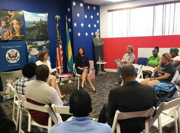 Deputy Assistant Secretary Robin Dunnigan speaks about the importance of energy security to students from the College of the Bahamas at the American Corner in Nassau.