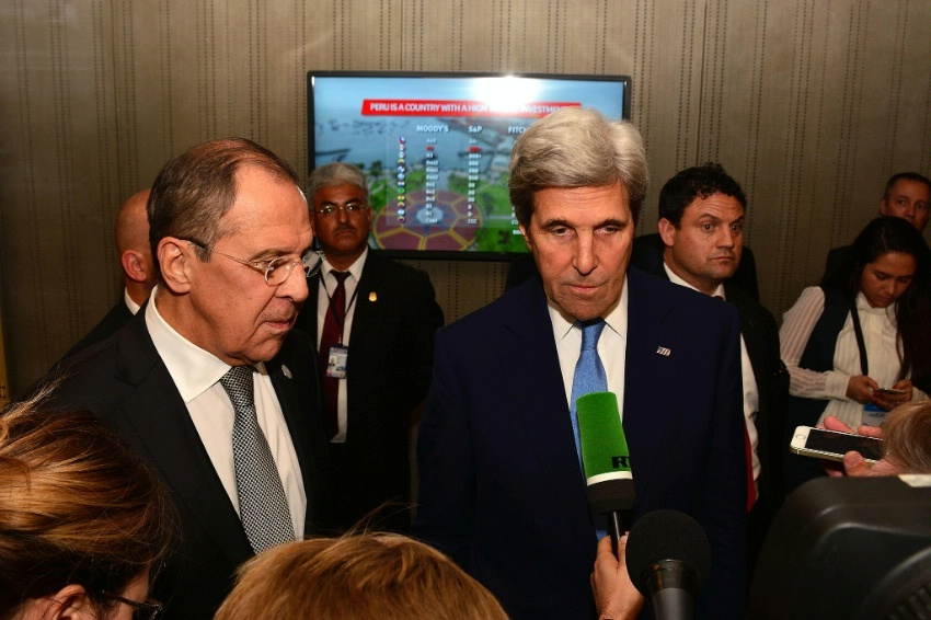 Secretary Kerry and Russian Foreign Minister Lavrov Address Reporters at APEC